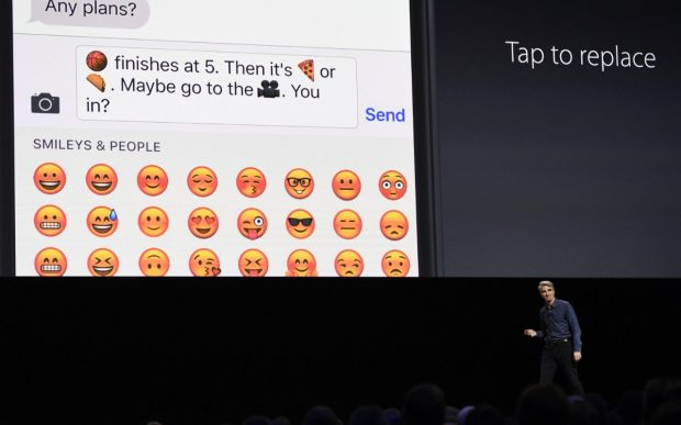 imessage 10 -replace words with emoji - digitally
